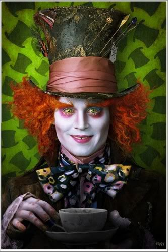 alice in wonderland 2010 tim burton Alice in Wonderland   o noua aventura in Tara Minunilor