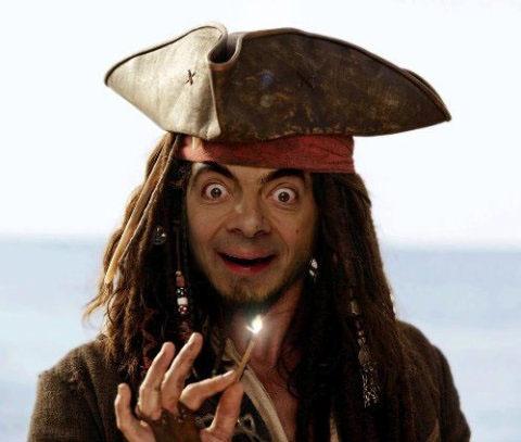 bean pirate Mr. Bean in cateva roluri destul de neasteptate: