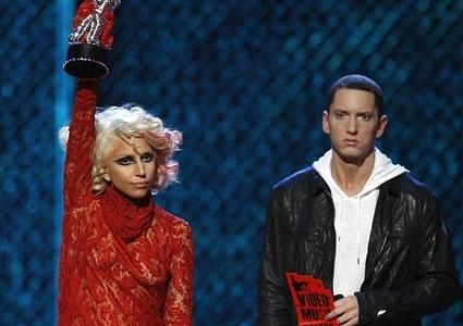 lady gaga eminem 4 Eminem si Lady Gaga vin in Romania