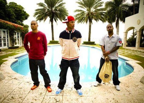 N.E.R.D. feat. Nelly Furtado - Hot & Fun