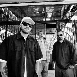 B.U.G. Mafia - Cat Poti Tu De Tare (feat. Bodo) (Videoclip)