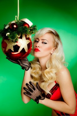 63451 1629671474760 1625802216 1499048 2594622 n 266x400  Anda Adam   Jingle Bells Rock (audio, poze)
