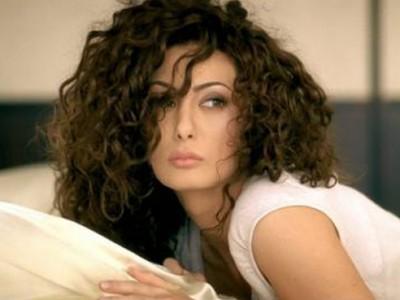 """cream www.vedetepenet.ro  Claudia Cream: """"In niciun caz nu sunt genul de om care sa mearga la birou…m ar termina psihic"""""""