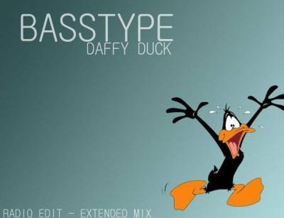 Basstype Daffy Duck  www.vedetepenet.ro  400x307 Basstype lansează Daffy Duck