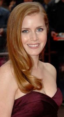 Amy Adams 220x400 Amy Adams a refuzat un rol alături de Tom Cruise
