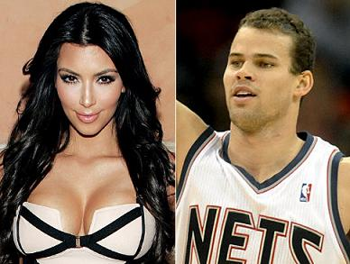 kris humphries kim kardashian Kim Kardashian s a logodit. Iubitul i a oferit un inel de 2 milioane $