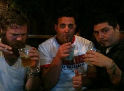 ryandunndrinking  400x296 Ryan Dunn (Jackass)   accident rutier şi deces din cauza alcoolului