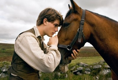 war horse movie 400x269 War Horse   în regia lui Steven Spielberg (trailer)