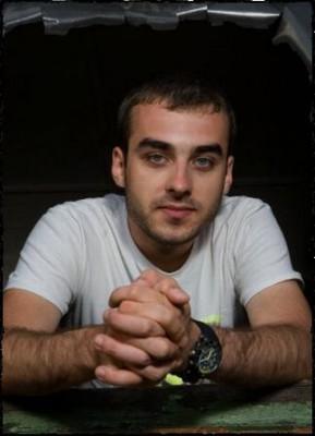 DJ CHRISTIAN GREEN www.vedetepenet.ro  289x400 DJ Christian Green mixează în premieră pe scena LIBERTY PARADE