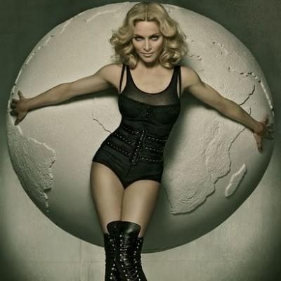 Madonna  www.vedetepenet.ro