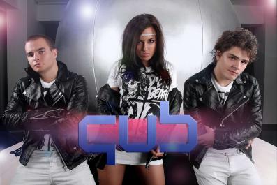Videoclip: QUB - I Like My Tunes  www.vedetepenet.ro
