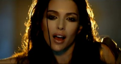 Videoclip Celia ft Kaye Styles - Is It Love www.vedetepenet.ro