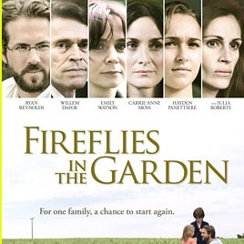 fireflies julia roberts ryan reynolds poster Trailer: Julia Roberts şi Ryan Reynolds în Fireflies in the Garden