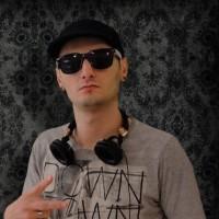 euu1 e1318425334898 200x200 Constantin Ionescu vă invită să ascultaţi mix pentru Crăciun(bonus download)
