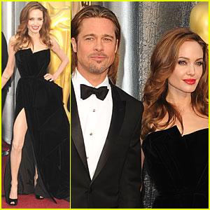 angelina jolie rochie oscar 2012 www.vedetepenet.ro  Cele mai interesante 5 momente ale Oscarurilor de anul acesta!