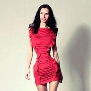 ioana spangenberg silueta talie dieta www.vedetepenet.rojpg  Fotomodelul român care a şocat lumea!