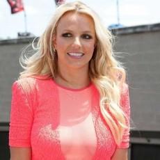 Britney Spears - vedetepenet.ro