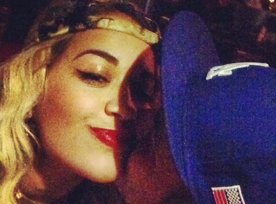 Rita Ora și Rob Kardashian formează un cuplu - vedetepenet.ro