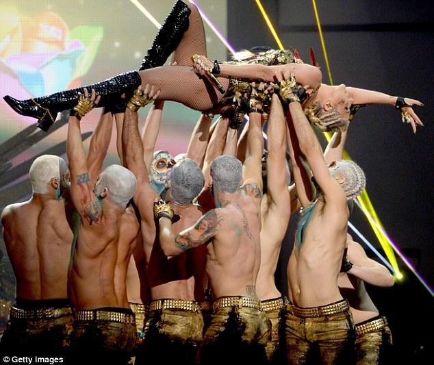 kesha american music awards 2012 vedetepenetro