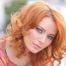 Laura Cosoi are un nou iubit - vedetepenet.ro