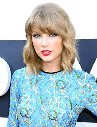Taylor Vedetepenet.ro  Taylor Swift  trivializarea pasiunii