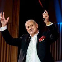 Imagini Gheorghe Zamfir va conduce o orchestră și un cor, la aniversarea trupei Bere Gratis | Afla cand