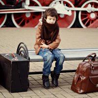 Imagini INTAMPLARE ULUITOARE! Doi parinti din Bucuresti au uitat copiii intr-un loc de joaca din Brasov.