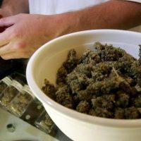 Imagini ITALIA Tămâie înlocuită cu marijuana. Preotul și enoriașii au ajuns la spital