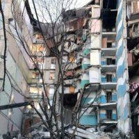 Imagini VIDEO Momentul în care un bloc sare în aer în Ajunul Anului Nou, în Rusia