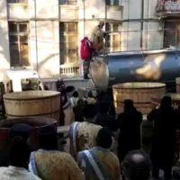 Imagini Arhiepiscopul Tomisului, Teodosie, s-a impiedicat la sfinţirea aghiasmei pentru Bobotează (Video)