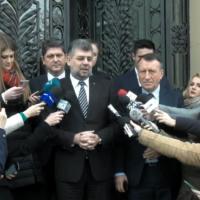 Imagini Au ramas fara banii din portofele. Doua jurnaliste au fost furate in sediul central al PSD